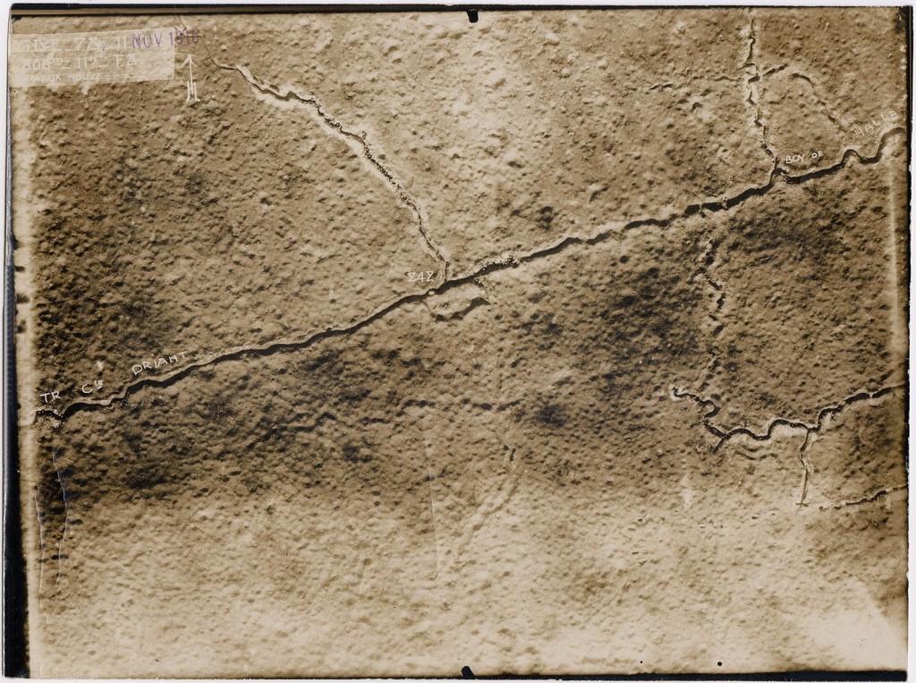 Verdun-Schlachtfeld-Originalfoto-Fliegeraufnahme-Sch-tzengraben-Driant-1916